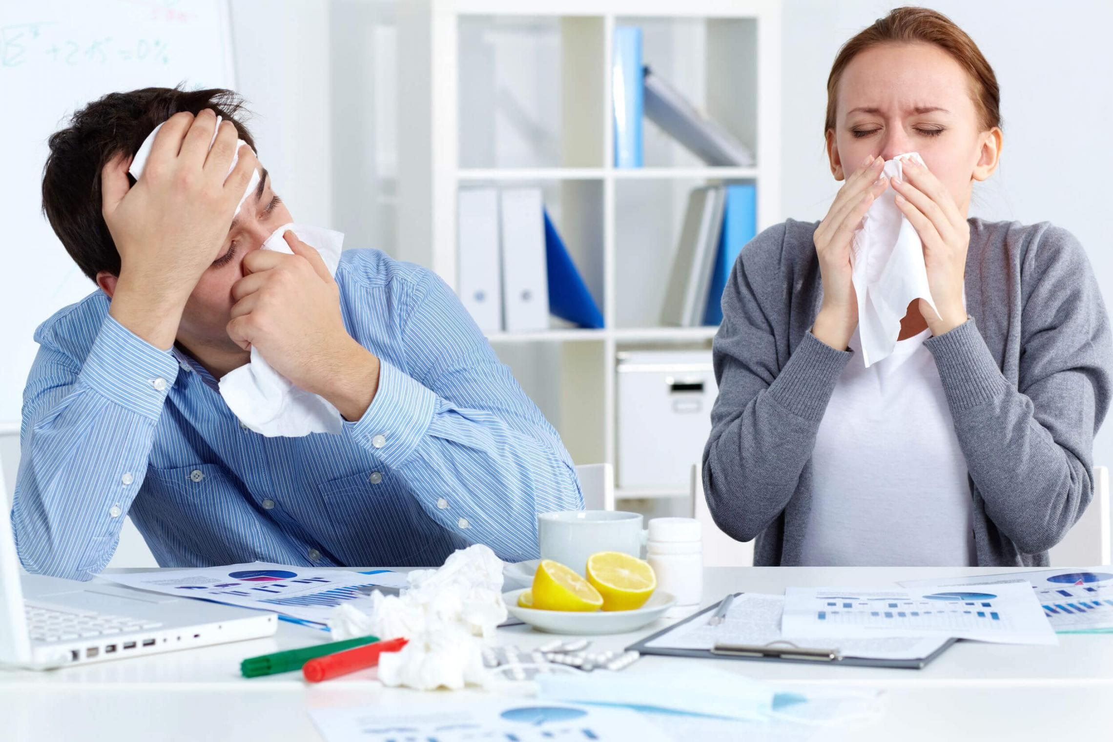 Как пережить ОРВИ и грипп в офисе